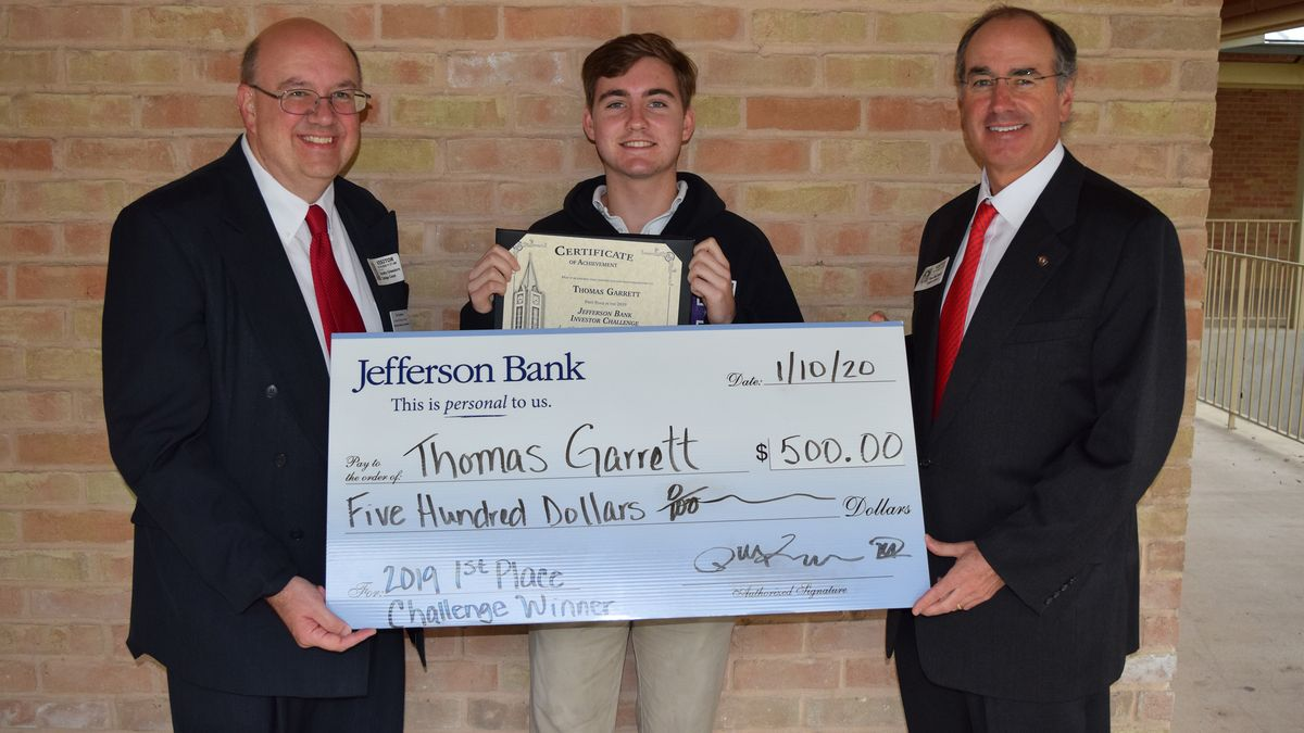 SMH Senior Wins Jefferson Bank Investor Challenge